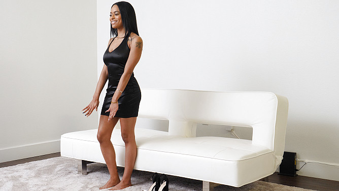 Casting Couch HD: Ava
