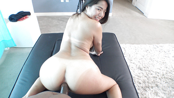Casting Couch HD: Lin